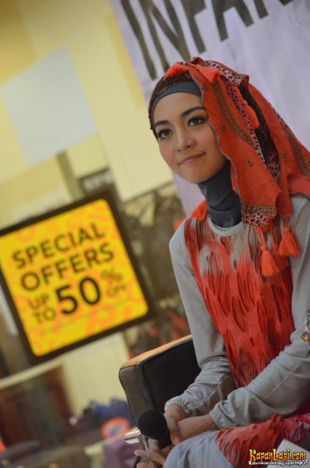 Cara Hijab Selebritis
