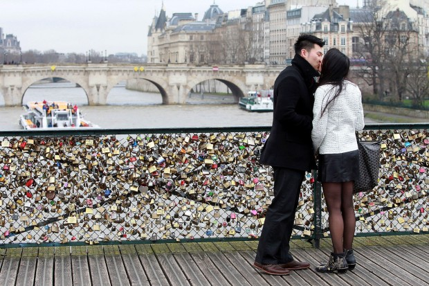 Kunci Cinta Pont des Arts