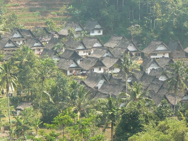 Kampung tradisionak kampung Naga