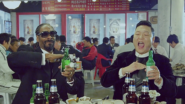 Video Music Hangover, Psy feat Snoop Dogg