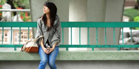Cara Menghilangkan Stres Saat Menunggu Seseorang