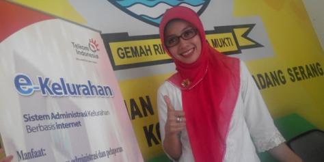 Ini Dia Lurah Paling Cantik di Indonesia
