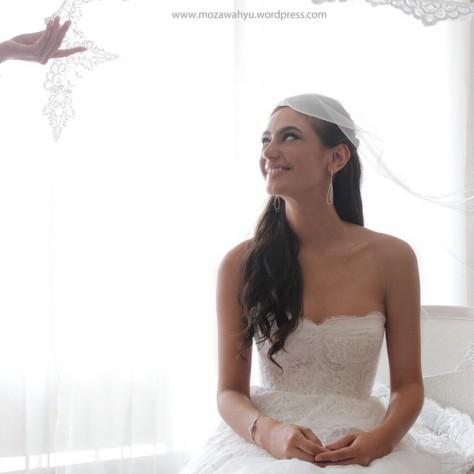 Marissa Nasution Cantik dengan Gaun Pengantin Putih