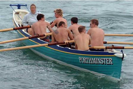 Wisata dayung perahu kayak