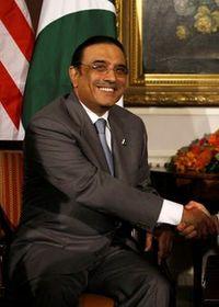 Presiden Asif Ali Zardari