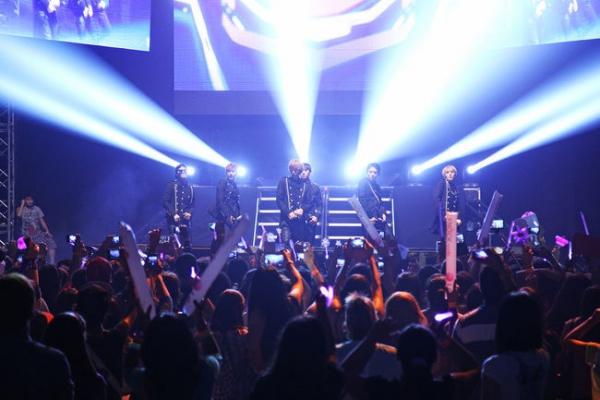 TEEN TOP 2014 World Tour-High Kick