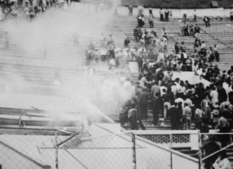 Tragedi Sepakbola Stadion Lima, Peru
