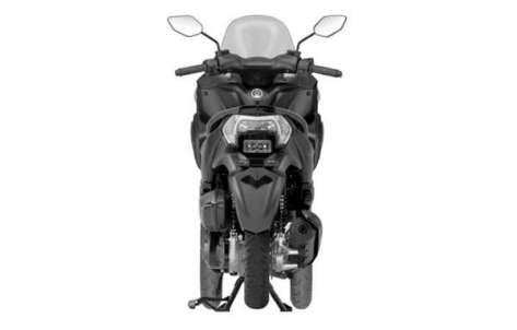 Yamaha Tricity Tampak dari Belakang