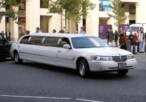 Fakta Menarik Mobil Limousine