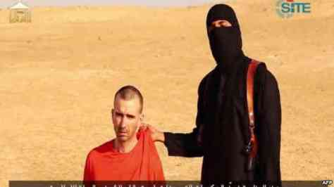 Foto Pemenggalan David Cawthorne Haines oleh ISIS