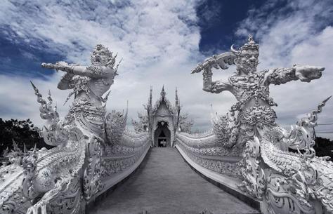 Obyek Wisata Kuil Putih Thailand